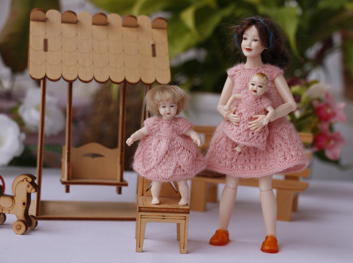 Heidi Ott dolls family