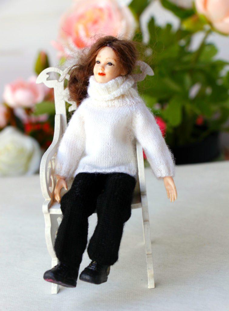 "<img src=""heidiottdolls.jpg"" alt=""heidi ott lady doll creativhook clothes"">"